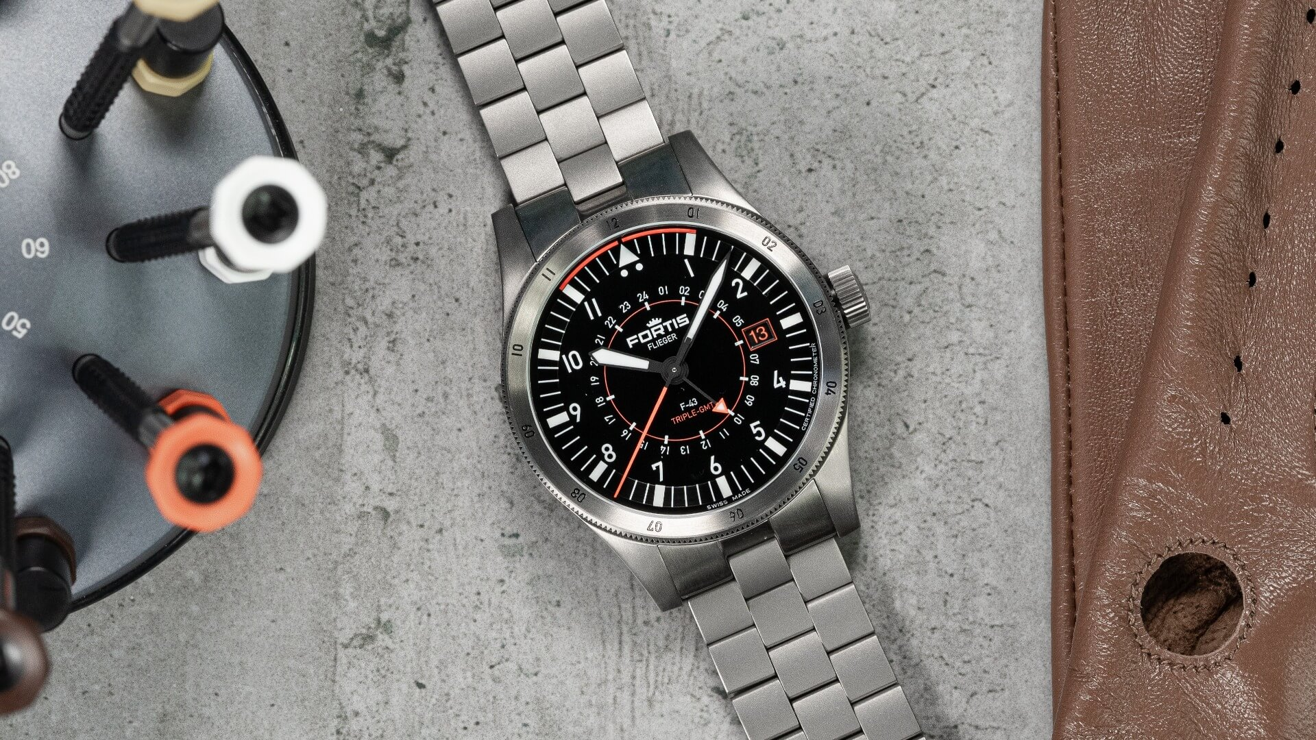 Fortis Flieger F-43 Triple-GMT
