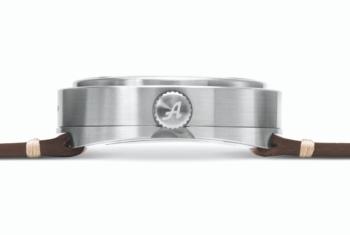 Inspiré par les automobiles des années 1920 : Les montres Allemano de Turin