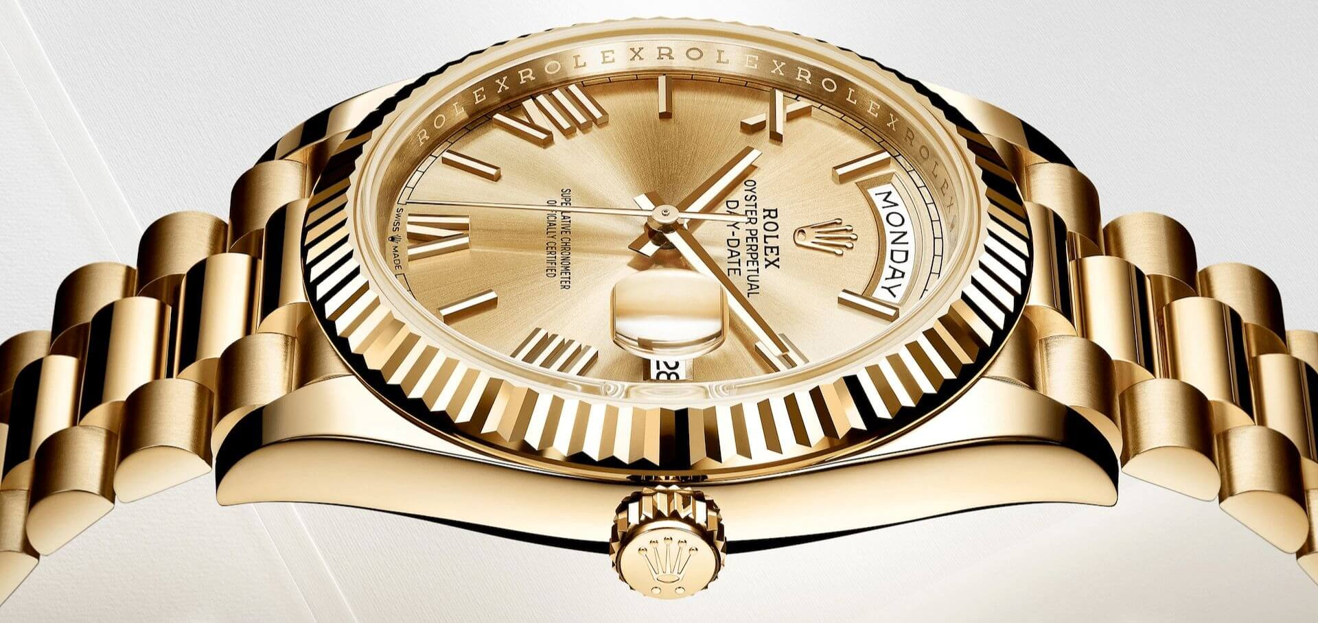 How much gold is in a solid gold Rolex?